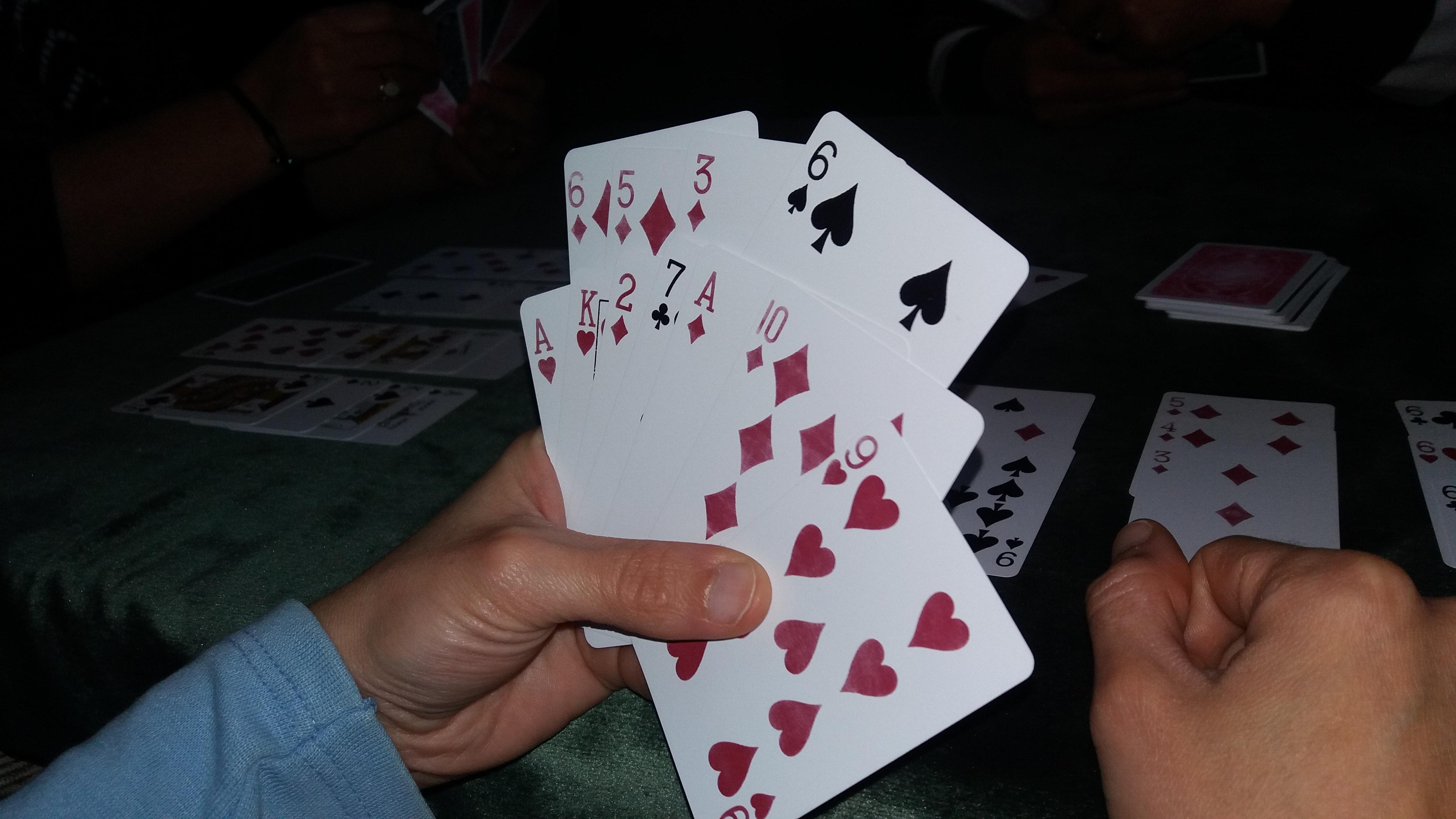 Bermain Poker Online Terpercaya 2019, Hindari Kekeliruan yang Dilakukan
