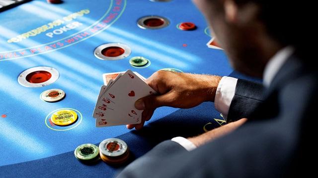 Daftar situs poker online Indonesia terbaik, di sini